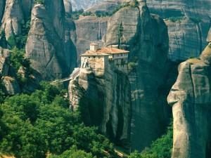 roussanou-monastery-meteora-in-greece-300x225